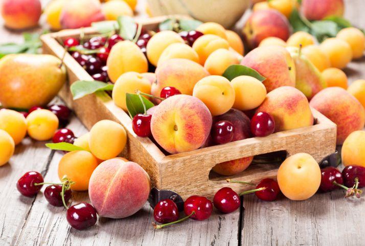 frullato di ciliegie e albicocche