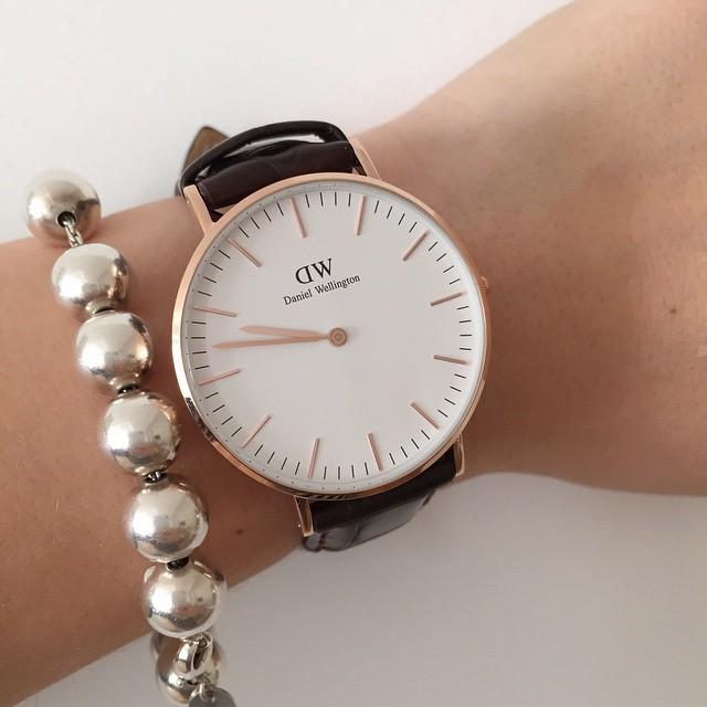Oggi sul #blog vi parlo di #danielwellington  e vi spiego come ricevere un codice sconto per il vostro orologio del cuore @danielwellingtonwatches #watches