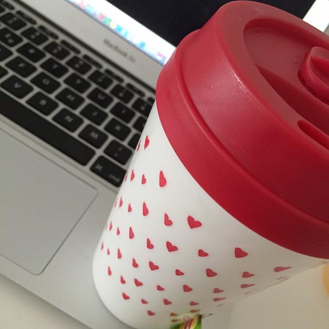 Forse iniziamo a lavorare. Buongiorno #morning #happy #love #tea
