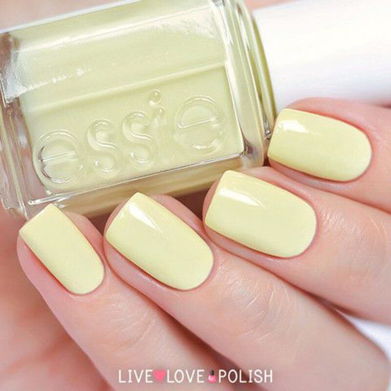 Tendenza unghie Primavera 2016 Light Yellow Essie