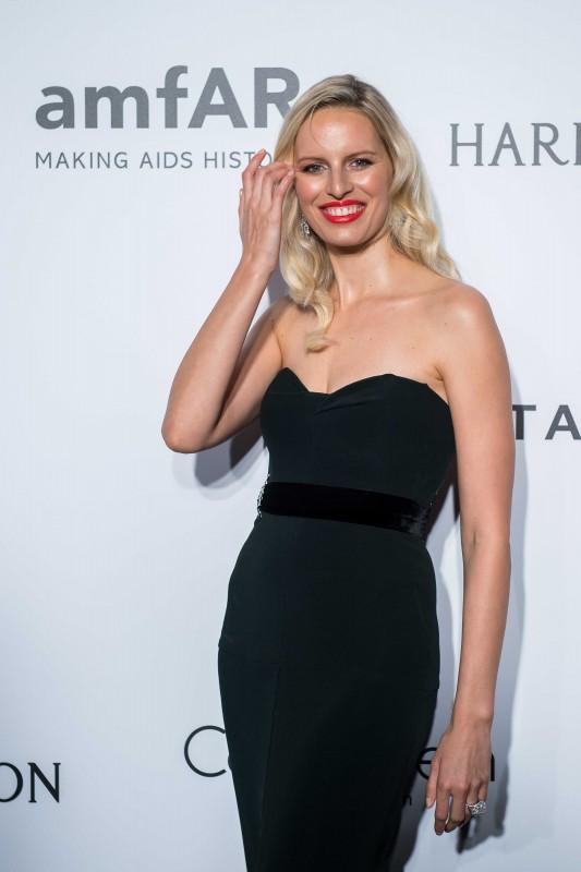 HONG KONG - MARCH 19: Karolina Kurkova attends the 2016 amfAR Hong Kong gala with a guest at Shaw Studios on March 19, 2016 in Hong Kong, Hong Kong. (Photo by Xaume Olleros/Getty Images for amfAR)
