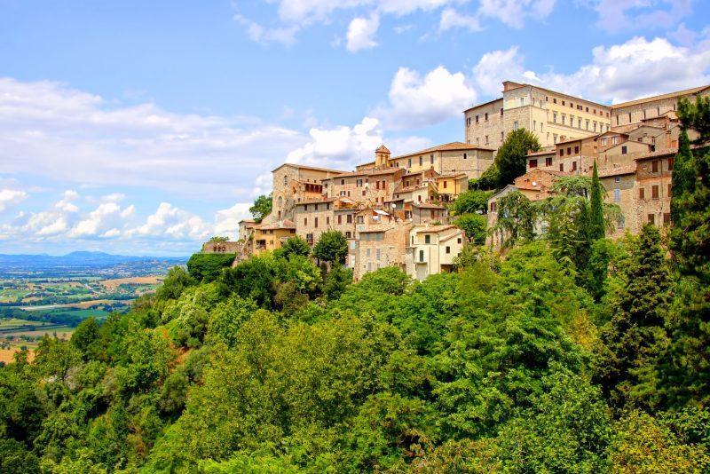 Veduta della città di Todi, Umbria
