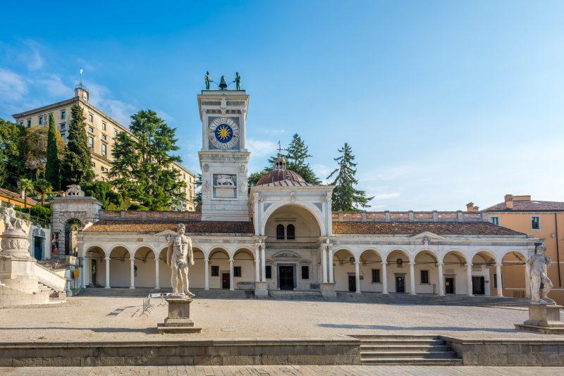 Piazza della Libertà a Udine