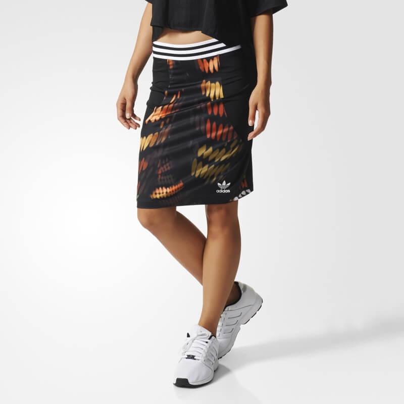 adidas-originals-Rita-Ora-slim-skirt-lights