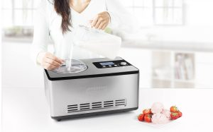 Ice Cream Maker DeLuxe