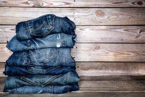 come strappare i jeans - Jeans strappati fai da te